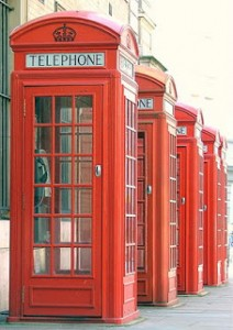 300px-Red_Public_Phone_Boxes_-_Covent_Garden,_London,_England_-_Thursday_September_Thirteenth_2007