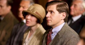 Downton Abbey, 407 - Sarah Bunting (Daisy Lewis) and Tom Branson (Allen Leech) ©2013 Carnival Films, photo by Nick Briggs