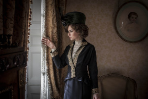 MR_SELFRIDGE_SERIES2_EP1_49