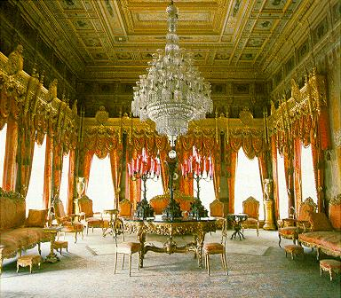 dolmabahce-palace-inside
