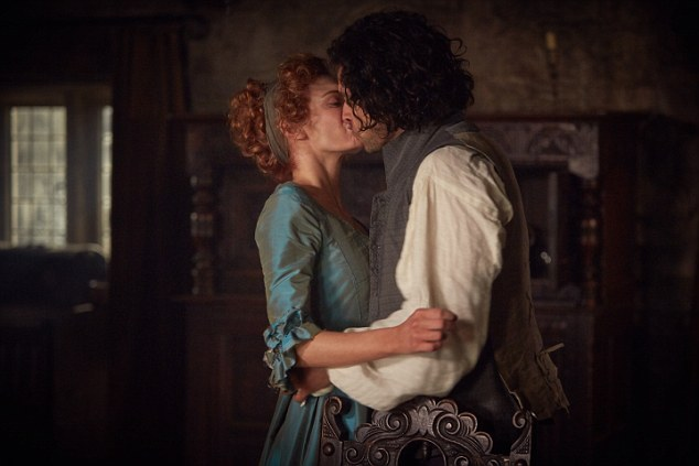 Eleanor Tomlinson and Aiden Turner in Poldark