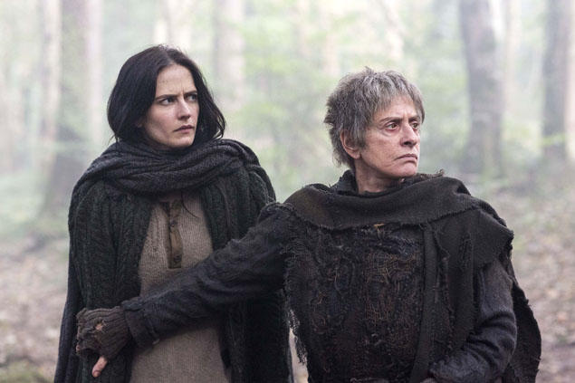 the-cut-wife-protects-vanessa-penny-dreadful-s2e3