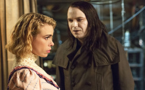 Penny Dreadful: Malcolm's house gets turned into a fortress, Kali takes care of Mrs Murray, and lots of people get laid