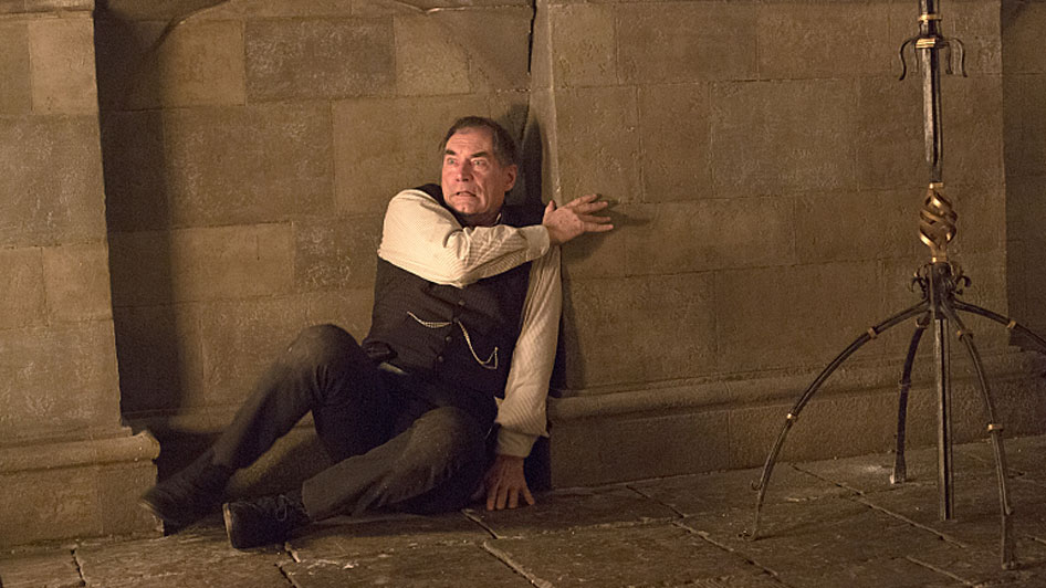 timothy-dalton-as-sir-malcolm-in-penny-dreadful-season-2-episode-9-photo-jonathan-hession_showtime