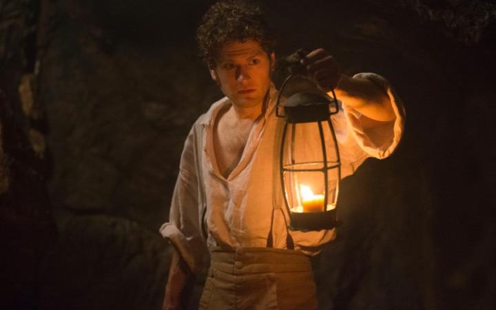 Francis inspects the mine in season 2 episode 5 of Poldark