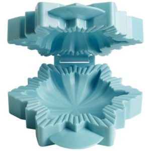 snowflake pie mould